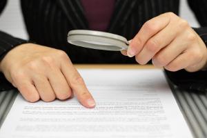 Ein Anwalt kann alle Möglichkeiten von Fahrverbot und Verjährung beurteilen.