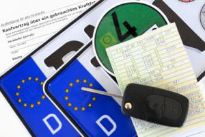 Seit 2015 kann ein Fahrzeughalter sein Autokennzeichen online abmelden. Hierzu ist ein Sicherheitscode nötig.