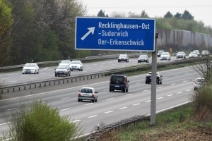 Eine Tempoübertretung auf der Autobahn gilt als Geschwindigkeitsüberschreitung außerorts