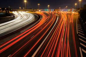 Geschwindigkeitsüberschreitung bei Nacht außerhalb einer geschlossenen Ortschaft