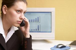 Der Kontakt zur Behörde ist der erste Schritt, wenn der Bußgeldbescheid verloren gegangen ist.