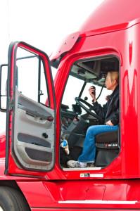 Lenk- und Ruhezeiten müssen von Lkw- Fahrern eingehalten werden.