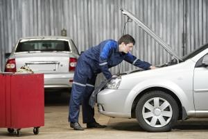 Auch für den Motor ist eine Überprüfung während der TÜV-Untersuchung vorgesehen