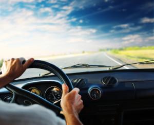 Ein Fahrer in einer Tempo 30 Zone