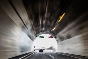 Längster Tunnel Deutschlands ist der Rennsteigtunnel in Thüringen.